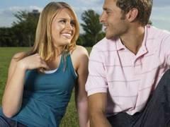 Cum-stii-daca-este-doar-flirt-sau-atractie-adevarata